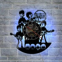 The Beatles Creative Gifts Home Decor Classico Vintage Wall Art Decal Sticker Nero fai da te 3D Night Night Quartz Orologio da parete in vinile da record