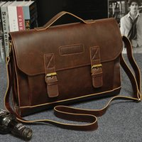 Wholesale- Brand New Fashion Sac à bandoulière pour homme Simple Vintage Leather Men Messenger Bag Coréen Style Cool Sac à main Sac sac en bois masculin 2016