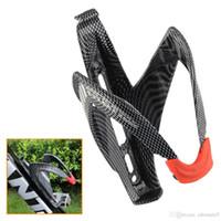 porte bidon vtt achat en gros de-Porte-bouteille de vélo de route en fibre de carbone léger VTT / Bouteille d'eau de cyclisme de route tenant une cage de support, accessoires de vélo neufs