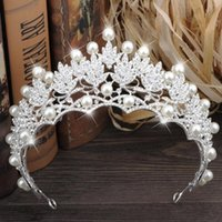 Wholesale high quality tiaras - 2017 Luxury Wedding Tiaras Pearls And Rhinestone Bridal Headpieces Accessories High Quality Tiaras&Crowns Fascinators Hot Sale