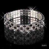 ingrosso braccialetti popolari delle ragazze-15011 a buon mercato Disponibile in magazzino Nave più popolare Elastico 3 fila Black Pearl braccialetti di nozze gioielli da sposa per le ragazze