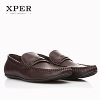 Barato Loafers Respirável Para Homens-XPER Marcas Sapatos Hand Made Breathable Soft PU Men's Flats Shoes Slip-on Buckle Men Loafers Brown # CE86812BN