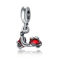 diy small cars großhandel-20pcs / lot Art und Weise rotes Emaille-kleines Auto-Batterie-Entwurfs-Legierungsmetall DIY passt passendes europäisches BraceletNecklace niedriger Preis PED167