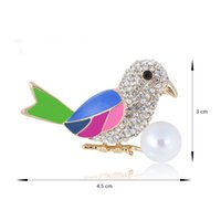 Wholesale Broach Collar - Lovely Crystal Bird Brooch Multicolor Enamel Very Popular Luckly Bird Brooch Pin Women Gift Broach Fashion Gold Alloy Diamante Collar Pin