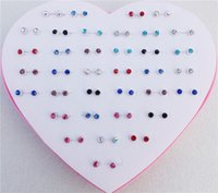 36pairs / lot Mix Colors Heart Box Mini Round Rhinestone Stud Earrings para mulheres Girls Jewelry Wholesale