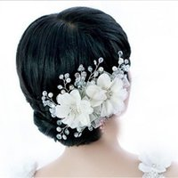 Wholesale Vintage Headdresses - Bridal Crystals Pearls Flower Zinc Alloy Headdress Hair Jewelry for Wedding Party White Red Vintage Head Jewelry Wedding Hair Accessories