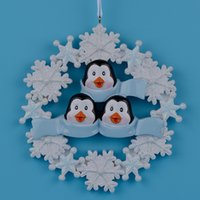 Wholesale Personalized Family Ornament - Penguin Family Of 3Resin Hang Christmas Ornaments With Glossy Snowflake As Craft Souvenir For Personalized Gifts Or Home Decor