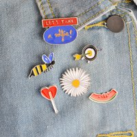 Wholesale Colorful Metal Collars - Wholesale- Hot Selling Summer Colorful Collar Metal Button Brooch Pins Set Honey Bee Sunflower Heart Brooches For Women Jewelry