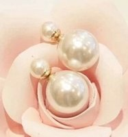 Wholesale Big Unique Earrings - Korean fashion wild temperament unique exaggerated big shiny delicate pearl earrings the size of imitation jewelry Free shipping