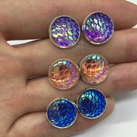 Bouchon À Oreilles Pas Cher-Mermaid Scales Boucles d'oreilles Hot Style 12mm Silver Tone Base Glass Cabochon Fine Jewelry For Women Party Gift