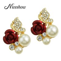 Wholesale Cloves Flower - Fashion Wedding Jewelry Gold Color with Rhinestone Created Pearl Flower Stud Flower Earrings Women Brincos Clove Catkins