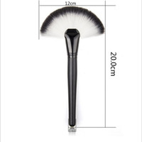 Wholesale Cosmetic Fan Brushes Wholesale - Wholesale Fan Shape Blusher Brush Makeup Cosmetic Brushes Blending Highlighter Face Powder Brush Beauty Tools Wooden Handle Powder brush DHL