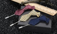 Handmade Fashion Unisex Tie Fabric Brooches Женские мужские костюмы Cravat Corsage Lapel Pin Party Бутоньерка Stick Breastpin Brooch