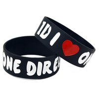 ingrosso un braccialetto d'amore-50PCS / Lot I Love One Direction Wristband in silicone da 1 pollice Wide Mostra il tuo supporto per loro indossando questo braccialetto