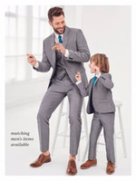 Wholesale Groomsmen Attire - 2017 Newest Gray Father and Son Matching Suits 3 Pieces Best Man Suit Groomsman Attire Slim Fit Groom Tuxedos Men Wedding Prom Suits best