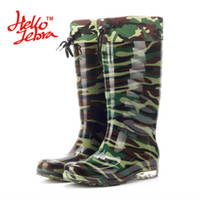 Wholesale pvc wellies - Hellozebra Men Winter Fashion Rain Boots Camouflage Chains Waterproof Welly Plaid Knee-High Rainboots 2016 New Fashion Design Green Light