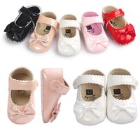 Wholesale girl leather shoe princess dress resale online - Baby girl shoes Bows Princess patent shoes Baby First Walkers Infants Birthday dress matched shoes Spring new DHL FREE