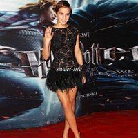 Wholesale Emma Watson Prom Dress - Black Emma Watson Celebrity Party Dresses with Feather Backless Cap Sleeve Sheer Lace Neck 2017 Sexy Short Prom Dresses for Cocktail Evening