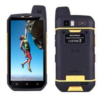 moda dual sim al por mayor-Moda 4G LTE Walkie Talkie teléfono UNIWA B6000 Octa Core 4 GB RAM 64 GB ROM 5000mAh NFC Dual Camera Android 6.0 IP68 Smartphone resistente al agua