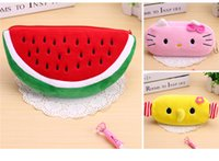35 estilo Cute Cartoon Kawaii Pencil Case Plush Large Pencil Bag para crianças Material escolar Material coreano Stationery JC235