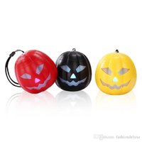 Halloween cartoon abóbora Bluetooth Speakers Mini luz piscando sem fio subwoofer FM USB TF Handsfree Mini Cute Portable MP3 Player venda
