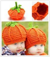 häkeln sie foto-stützen großhandel-Baby Kürbis Hüte Crochet Gestrickte Kleinkind Kinder Foto Requisiten Caps Infant Kostüm Winter Warme Hüte Weihnachtsgeschenke 0-2 T PX-H11