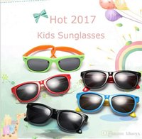 Wholesale Sun Goggles For Children - HOT 2017 new Summer Boys Girls large Sunglasses Kids sun protecting Glasses for Children Free shipping C037