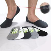 calcetines al por mayor-Al por mayor-Calcetines para hombre Zapatillas de fibra de bambú antideslizante de silicona Invisible Boat Socks Hombres / Mujeres calcetines de tobillo 10 unids = 5 pares / lote