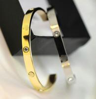 sortie d'usine c achat en gros de-Magasins d'usine, fil de commerce extérieur, bracelet ouvert, bracelet ouvert amoureux, perceuse pour homme et femme, Bracelet en C