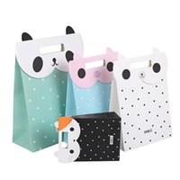 Wholesale Clamshell Wholesale - Kraft Paper Bag Fashion Cartoon Cute Animal Paste Clamshell Gift Bag 3 Sizes 4 Colors To Choose Paper Bags With Handles