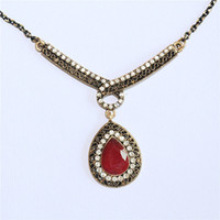 Wholesale Old Diamond Earrings - European style Old Gold Diamond Pendant Earrings Necklace Set drop shaped resin female models are not allergic to accessories
