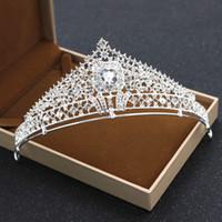 brautkleid leistung großhandel-Frauen Hochzeit Abendessen Braut Krone Diademe Kopfschmuck Haarschmuck Legierung Stirnband Blumenmädchen Kleider Leistung Zubehör