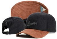 Wholesale White Green Snapback - 2017 new fashion black brown brooklyn snapback hats baseball caps for men women brand cap sports hip hop flat sun hat bone gorras Casquette