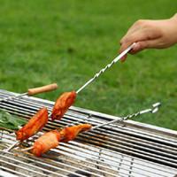 parrilla de aguja al por mayor-Portátil Picnic BBQ Barbeque Needle 39cm Acampar Partido de asar a la parrilla de acero inoxidable Kabob Kebab Pinchos de cordero plano tenedores