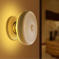 led-beleuchtung innen treppe großhandel-Wiederaufladbare Motion Licht Activated Sensor LED USB-Nachtlicht mit Magnetfuß, Safe für Kinder, ideal für Indoor, Schrank, Treppen