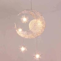 mond stern deckenleuchten großhandel-LED G4 Lichtquelle, Moon Star - moderne Kinder Kind Kind Schlafzimmer Neuheit Pendelleuchte Kronleuchter Licht Decke Aluminium