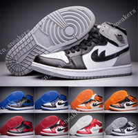 Wholesale Clear Plastic Men Shoe Box - With Box Retro 1 Mid Basketball Shoes Mens Retros OG Chicago Gym Red Sports Shoe Bred Barons Breathable shoes Sneakers Casual Shoes 40-47