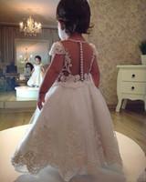 kızlar elbiseler kolları çay uzunluğu toptan satış-Güzel Arapça Toddle Küçük Kızlar Prenses Çiçek Kız Elbise Çocuklar Sheer Backless Cap Kollu Çay Boyu Aplike Boncuklu Pageant Abiye