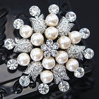 Wholesale Diamante Snowflake - High Quality Simulated Pearl And Crystal Big Snowflake Flower Brooch Stunning Austria Rhinestone Diamante Wedding Jewelry Flower Broaches
