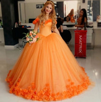Wholesale Beautiful Prom Dresses Ball Gown - Latest Beautiful Orange Quinceanera Dresses 2017 Sweetheart Backless Ball gown Prom Dress Hand made flowers vestidos de 15 anos