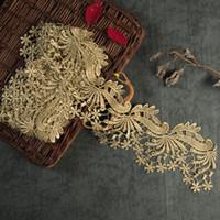 flor recorta patio al por mayor-Venta por Yarda hilo dorado metálico flor corona bordado tela de encaje trajes de costura DIY Lace Trim HB22