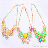 Gemstone Flower Statement Colares Mulheres Elegant Lady Bohemian Chokers Party Necklace Jóias de alta qualidade Chokers Valentine Gift 4 cores