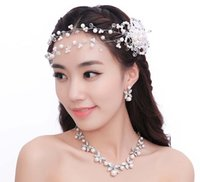 Wholesale Three Flower Diamond Necklace - 2017 Romantic bride headdress sweet pearl head flower diamond necklace earrings three suit wedding jewelry accessories