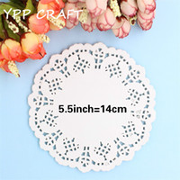 """white paper placemat Australia - Wholesale- YPP CRAFT Creative Craft 5.5"""" Inch Round White Paper Lace Doilies Cake Placemat Party Wedding Gift Decoration 100pcs pack"""