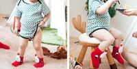 niños zapatillas de navidad al por mayor-Calcetines de Navidad Zapatilla Bebé niños Invierno cálido espesar algodón Calcetines antideslizantes Dibujos animados 3D Muñeco de nieve Santa Deer calcetín Regalo de Año Nuevo