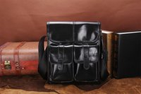Genuine Oil Wax Leather Men Bags For Fashion Handbags Ombro Vintage Retro Men Messenger Bag Mala