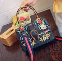 Wholesale Branded Head Phones - wholesale brand package package retro portable wind palace embroidery embroidery handbag personality Dionysian heavy head lock woman bag