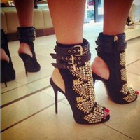 siyah sandaletler topuklar açık parmak toptan satış-2017 Yeni Moda Marka Yüksek Topuk Kadın Sandalet Altın Taklidi Açık ayak Seksi Siyah Ayak Bileği-Wrap Sandal Tasarımcı Slingback Çizmeler Topuk 12 cm
