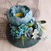 2018 Nuovo design Turquoise Sinamay base di tessuto Fascinator di lino Fascinator cappello di nozze cappello Bride Party SHow Fashion Sinamay Clip di capelli