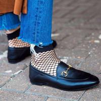 ingrosso pantofole sexy delle donne-2017 nuovo marchio mocassini da donna scarpe casual appartamenti slip on sexy street style scarpe da donna donna estate pantofole in vera pelle accogliente scarpe